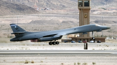 Photo ID 110567 by W.A.Kazior. USA Air Force Rockwell B 1B Lancer, 86 0123