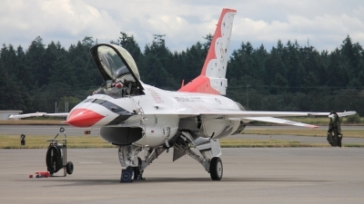 Photo ID 110855 by CJ Lebel. USA Air Force General Dynamics F 16C Fighting Falcon, 92 3890
