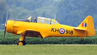 Photo ID 111161 by W.A.Kazior. Private Canadian Harvard Aerobatic Team North American Harvard II, C FNAH