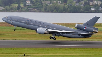 Photo ID 111314 by Russell Hill. Netherlands Air Force McDonnell Douglas DC 10 30CF, T 255