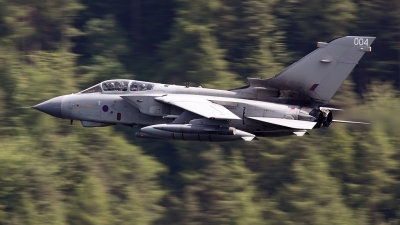 Photo ID 113276 by John Higgins. UK Air Force Panavia Tornado GR4A, ZA370