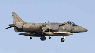 Photo ID 14672 by Maarten Peters. Italy Navy McDonnell Douglas AV 8B Harrier ll Plus, MM7218