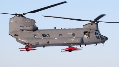 Photo ID 113529 by Johan Havelaar. Netherlands Air Force Boeing Vertol CH 47F Chinook, D 892