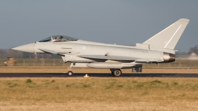 Photo ID 113748 by Chris Globe. UK Air Force Eurofighter EF 2000 Typhoon FGR4, ZK335
