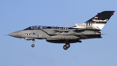 Photo ID 114049 by Chris Lofting. UK Air Force Panavia Tornado GR4A, ZA398