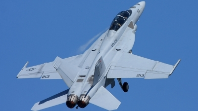 Photo ID 114047 by mark forest. USA Navy Boeing F A 18F Super Hornet, 165797
