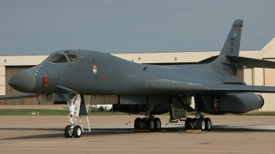 Photo ID 114187 by Paul Newbold. USA Air Force Rockwell B 1B Lancer, 86 0120