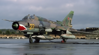 Photo ID 115270 by Chris Lofting. Russia Air Force Sukhoi Su 17M4 Fitter K, 27 YELLOW