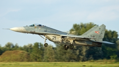 Photo ID 115428 by Thomas Ziegler - Aviation-Media. Hungary Air Force Mikoyan Gurevich MiG 29 9 12, 21