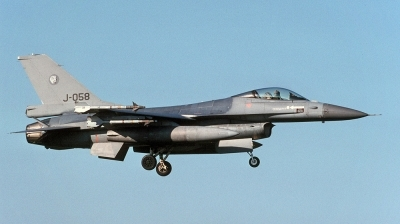 Photo ID 115945 by André Jans. Netherlands Air Force General Dynamics F 16AM Fighting Falcon, J 058