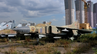 Photo ID 116086 by Peter Terlouw. Russia Air Force Mikoyan Gurevich MiG 23M,