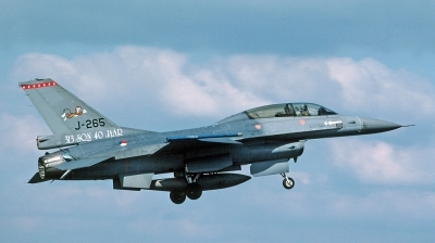 Photo ID 116438 by André Jans. Netherlands Air Force General Dynamics F 16B Fighting Falcon, J 265