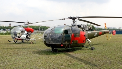 Photo ID 116787 by Carl Brent. Malaysia Air Force Sud Aviation SE 3160 Alouette III, M20 05