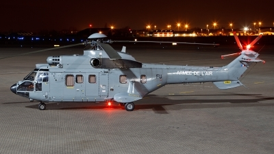 Photo ID 116993 by Chris Batty. France Air Force Aerospatiale AS 332M1 Super Puma, 2377