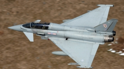 Photo ID 117314 by Rich Bedford - SRAviation. UK Air Force Eurofighter EF 2000 Typhoon T3, ZJ813
