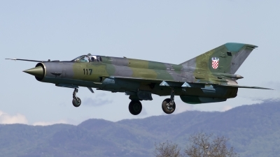 Photo ID 118365 by Chris Lofting. Croatia Air Force Mikoyan Gurevich MiG 21bisD, 117