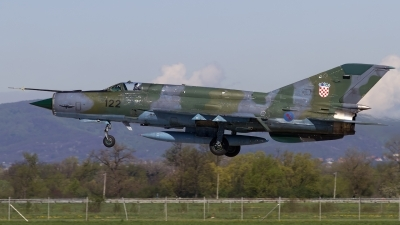 Photo ID 118142 by Chris Lofting. Croatia Air Force Mikoyan Gurevich MiG 21bisD, 122