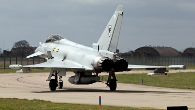 Photo ID 118368 by Carl Brent. UK Air Force Eurofighter EF 2000 Typhoon FGR4, ZJ915