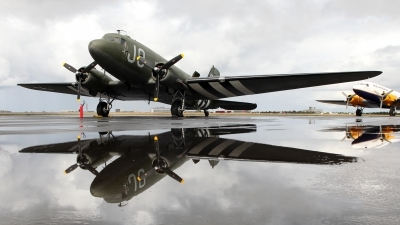 Photo ID 118874 by Baldur Sveinsson. Private Private Douglas C 47A Skytrain, N1944A