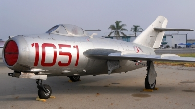 Photo ID 119349 by W.A.Kazior. Private Planes of Fame Air Museum Mikoyan Gurevich MiG 15bis, NX87CN