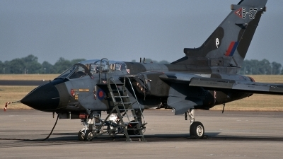 Photo ID 120126 by Henk Schuitemaker. UK Air Force Panavia Tornado GR1, ZA361
