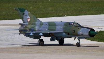Photo ID 120732 by Chris Lofting. Croatia Air Force Mikoyan Gurevich MiG 21bisD, 121