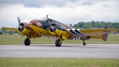 Photo ID 122557 by W.A.Kazior. Private Commemorative Air Force Beech D18S, N70GA