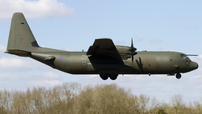 Photo ID 121358 by Chris Lofting. UK Air Force Lockheed Martin C 130J Hercules C4 L 382, ZH879