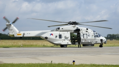 Photo ID 122987 by Vincent de Wissel. Netherlands Navy NHI NH 90NFH, N 227