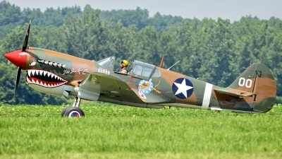 Photo ID 124298 by W.A.Kazior. Private 1941 Historical Aircraft Group Curtiss P 40M Warhawk, NX1232N