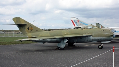 Photo ID 124931 by Kampitoglou Dimitrios. East Germany Air Force Mikoyan Gurevich MiG 17PF, 091
