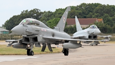 Photo ID 124837 by Carl Brent. UK Air Force Eurofighter EF 2000 Typhoon T3, ZJ814