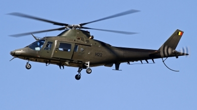 Photo ID 126148 by Niels Roman / VORTEX-images. Belgium Air Force Agusta A 109HO A 109BA, H22