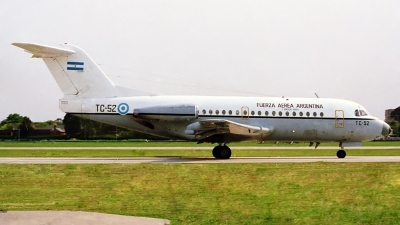Photo ID 126423 by Carlos Ay. Argentina Air Force Fokker F 28 1000C Fellowship, TC 52
