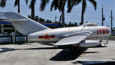 Photo ID 126690 by Peter Terlouw. China Air Force Mikoyan Gurevich MiG 15bis, 1765