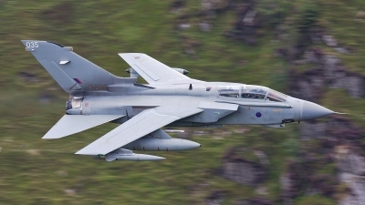 Photo ID 126939 by Rich Bedford - SRAviation. UK Air Force Panavia Tornado GR4, ZA542