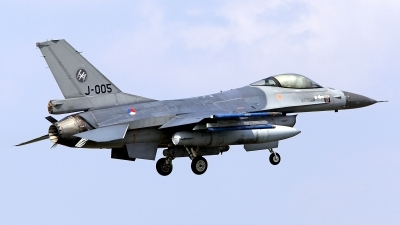 Photo ID 126970 by Carl Brent. Netherlands Air Force General Dynamics F 16AM Fighting Falcon, J 005