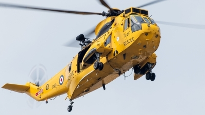 Photo ID 127345 by Alex van Noye. UK Air Force Westland Sea King HAR 3, ZA105