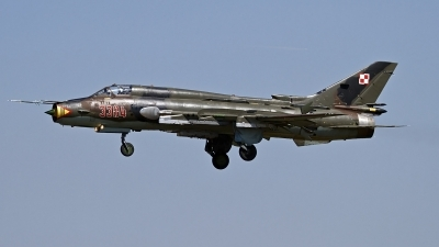Photo ID 127669 by Niels Roman / VORTEX-images. Poland Air Force Sukhoi Su 22M4 Fitter K, 3304
