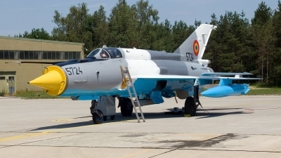 Photo ID 16626 by Jörg Pfeifer. Romania Air Force Mikoyan Gurevich MiG 21MF 75 Lancer C, 5724