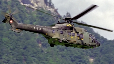 Photo ID 128018 by Sven Zimmermann. Switzerland Air Force Aerospatiale AS 332M1 Super Puma, T 313