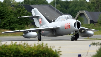 Photo ID 129544 by rob martaré. Private Polskie Orly Mikoyan Gurevich MiG 15UTI, SP YNZ