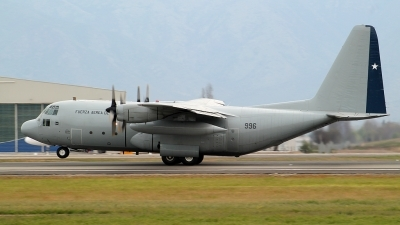 Photo ID 128708 by Antonio Segovia Rentería. Chile Air Force Lockheed C 130H Hercules L 382, 996
