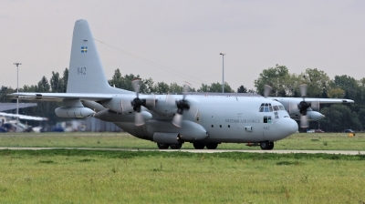 Photo ID 128877 by Milos Ruza. Sweden Air Force Lockheed Tp 84 Hercules C 130H L 382, 84002