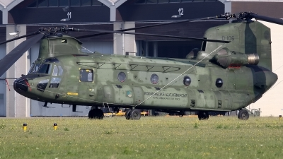Photo ID 129112 by Mark Broekhans. Netherlands Air Force Boeing Vertol CH 47D Chinook, D 106