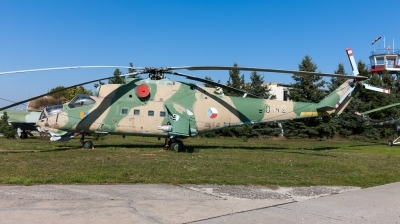 Photo ID 129507 by Andreas Zeitler - Flying-Wings. Czechoslovakia Air Force Mil Mi 24D, 0142