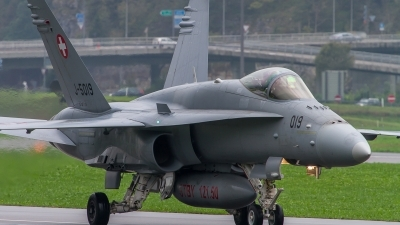 Photo ID 130130 by Philipp Hayer. Switzerland Air Force McDonnell Douglas F A 18C Hornet, J 5019