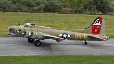 Photo ID 129776 by David F. Brown. Private Collings Foundation Boeing B 17G Flying Fortress 299P, NL93012