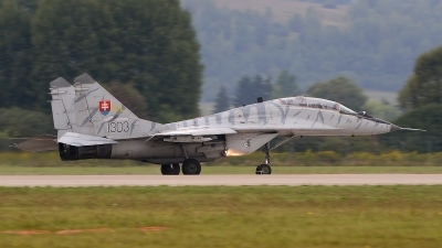 Photo ID 129979 by Stephan Franke - Fighter-Wings. Slovakia Air Force Mikoyan Gurevich MiG 29UB 9 51, 1303