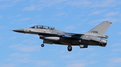 Photo ID 130689 by Werner P. Netherlands Air Force General Dynamics F 16BM Fighting Falcon, J 208